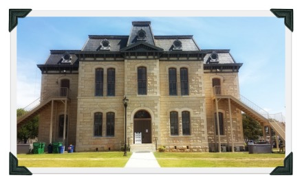 Blanco Texas market days-gcc-courthouse