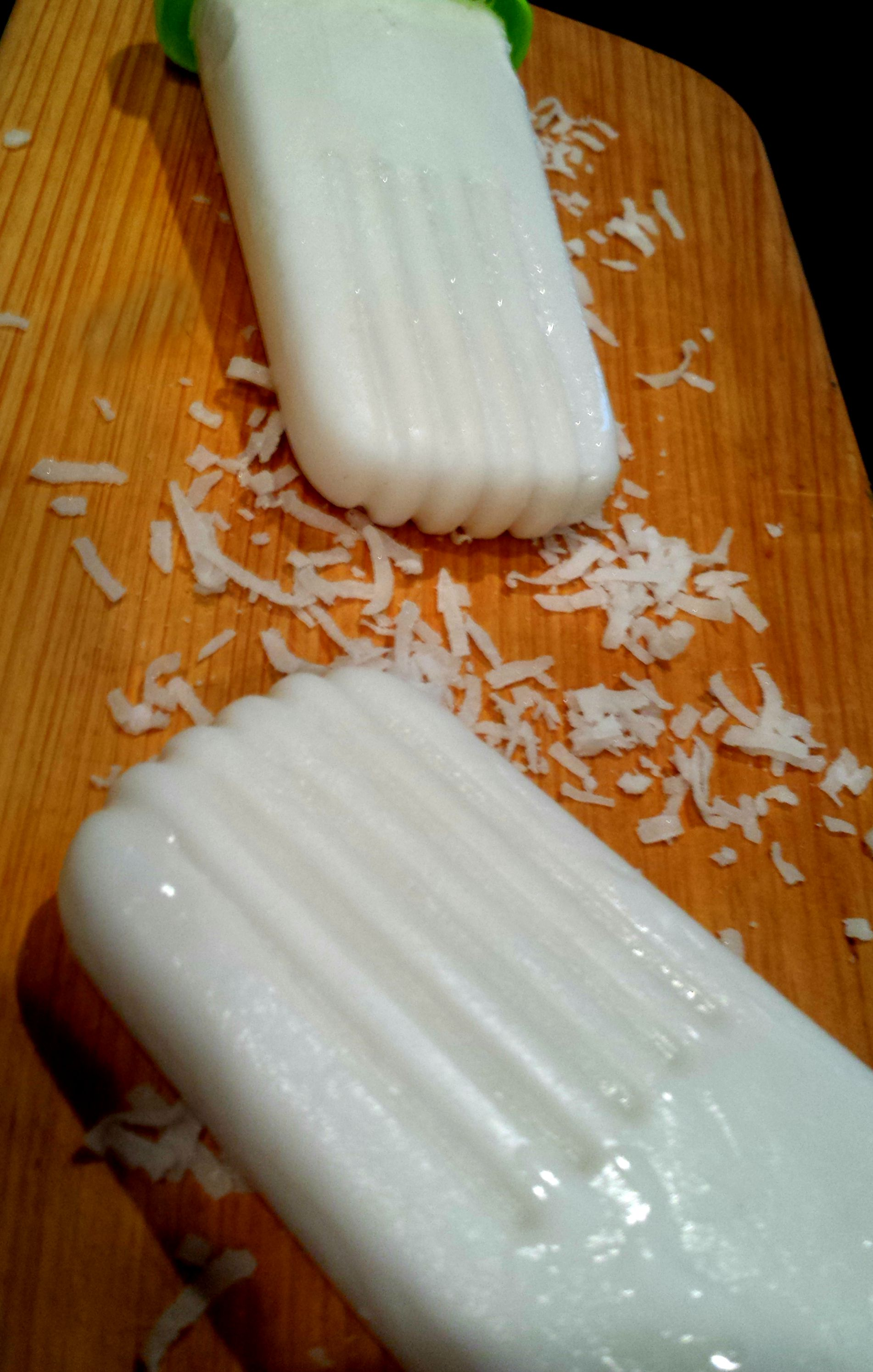 coconut popsicles-yum